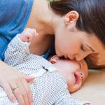 Cómo hacer que un bebé deje de llorar